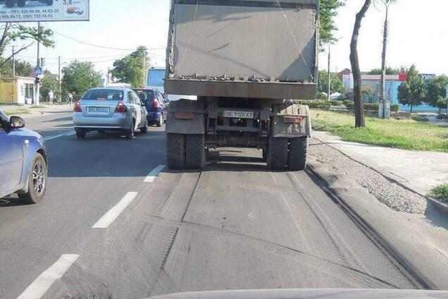 З вантажівок братимуть гроші за проїзд автодорогами