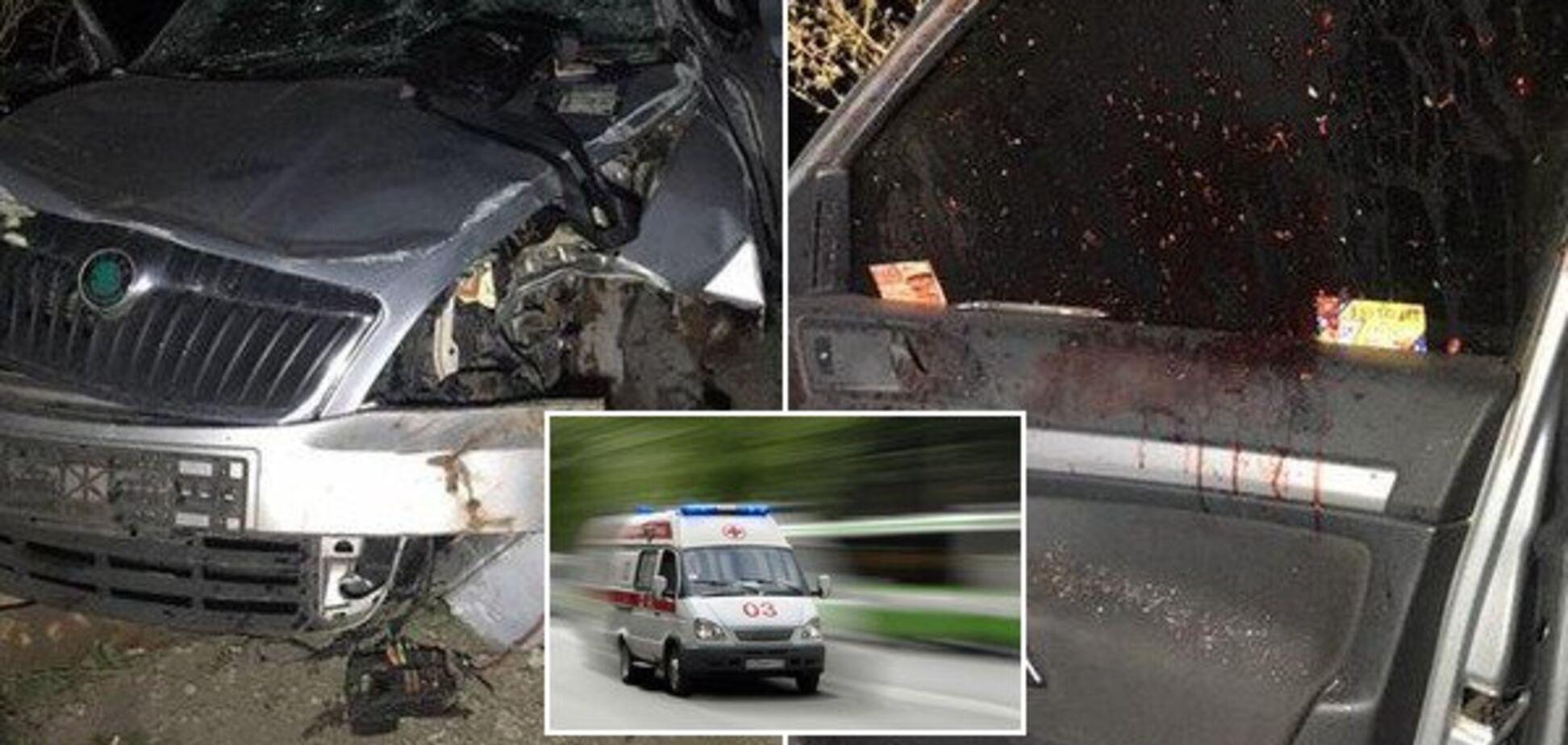 Перевернуло кілька разів: під Дніпром сталася жахлива ДТП з легковиком