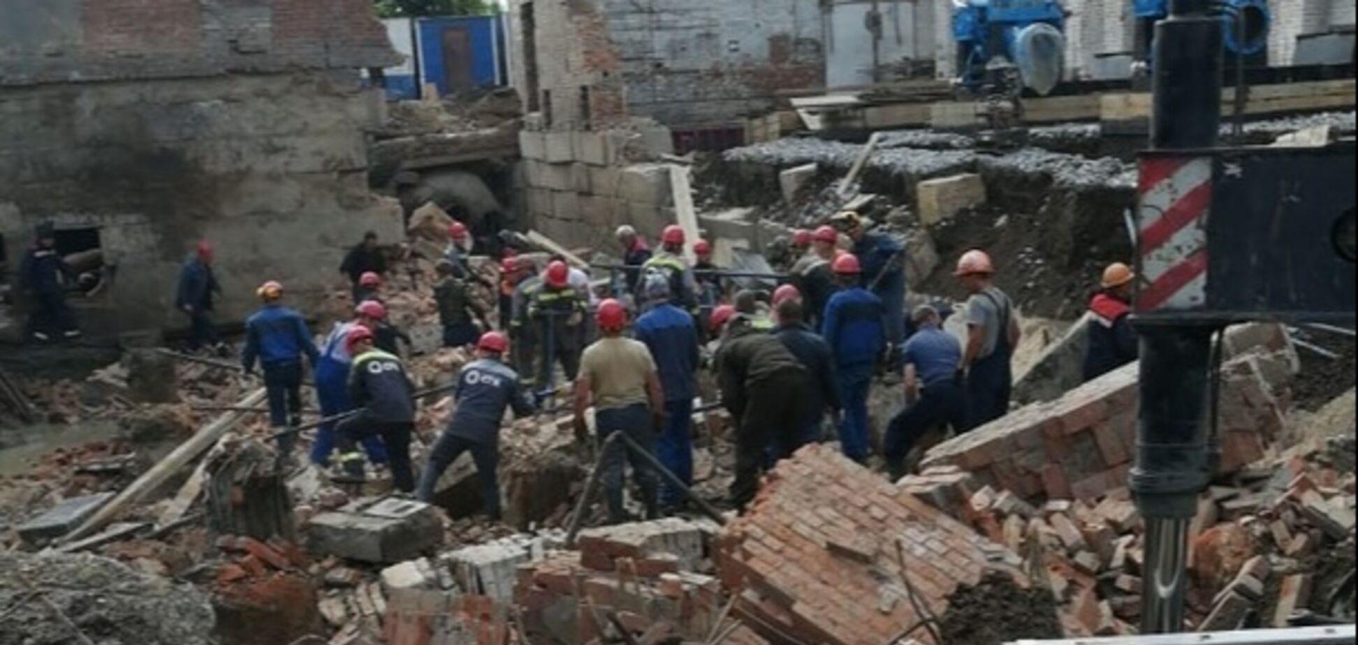 В Новосибирске рухнуло здание: есть жертвы