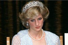 'Мой муж планирует устроить мне ДТП': найдено письмо принцессы Дианы, написанное перед смертью