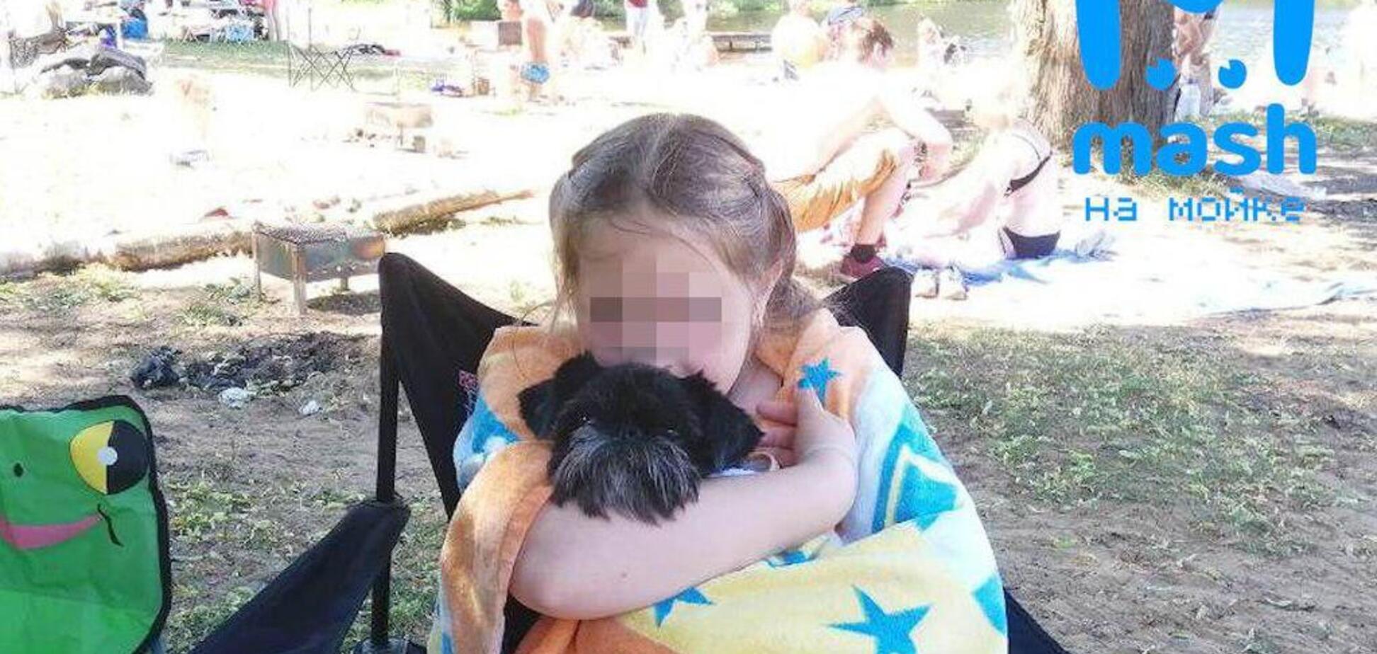 Стало известно о смерти девочки из РФ, которую засосало в бассейн в Турции