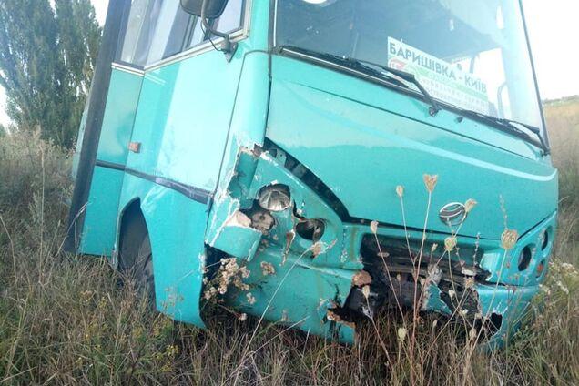 На Киевщине в ДТП попал автобус с пассажирами