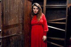Олександрі Зарицькій - 27: найгарячіші фото солістки гурту KAZKA