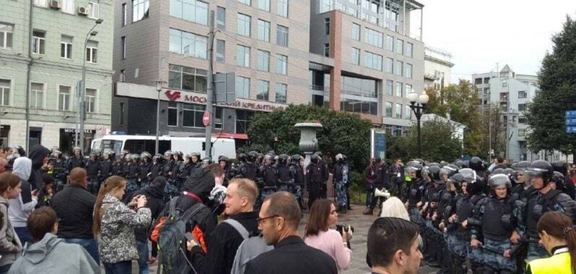 Росія повстане? Москву сколихнули акції протесту, є затримані. Фото і відео