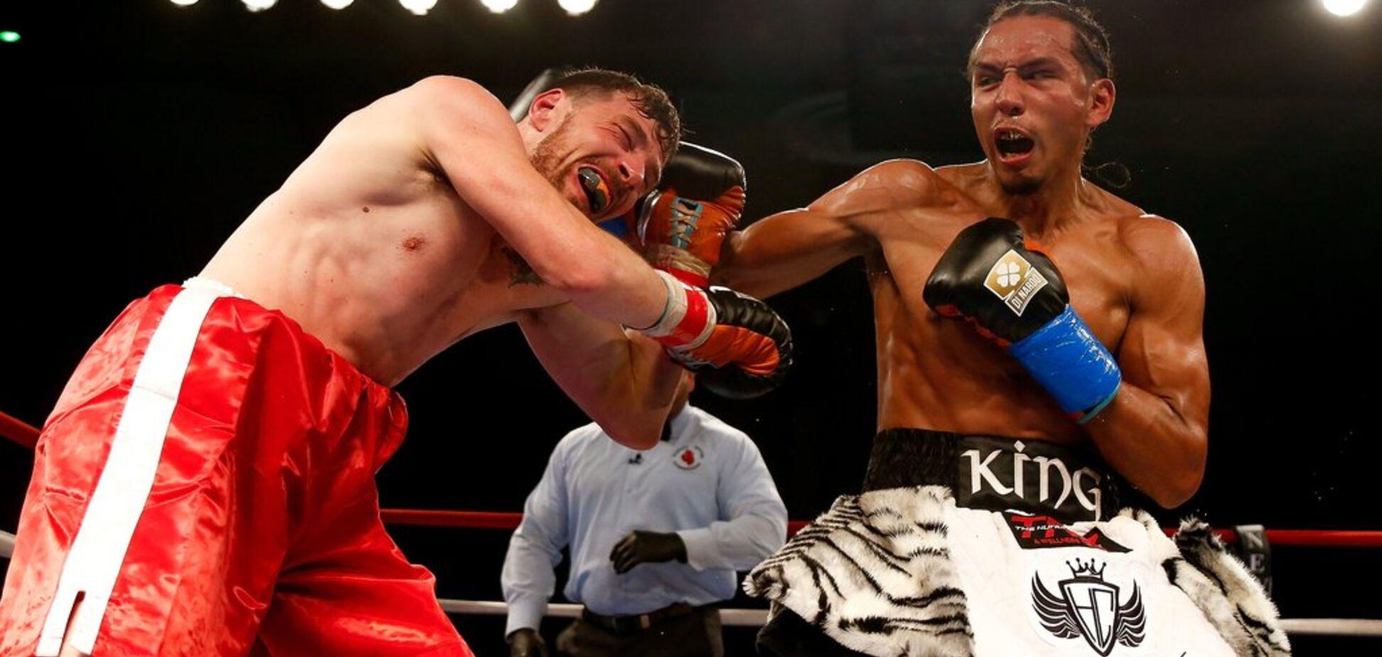 Чемпион WBC 'нежным касанием' отправил соперника в нокаут