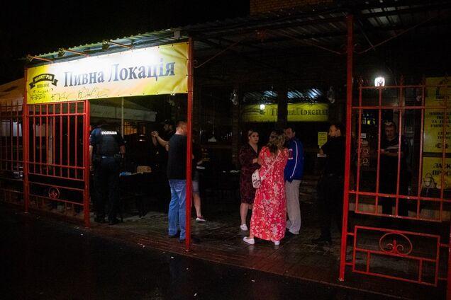 У Києві обстріляли відвідувачів кафе