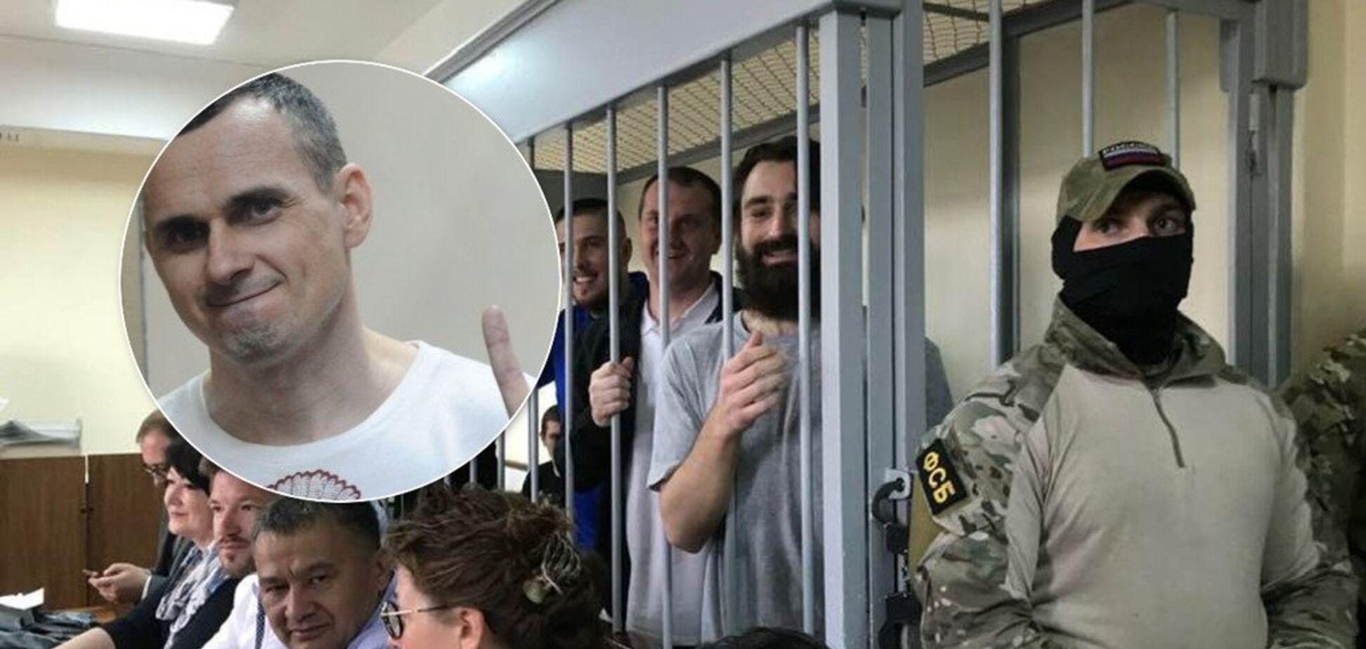 Самолет с Сенцовым и Сущенко приземлился на военном аэродроме — источник