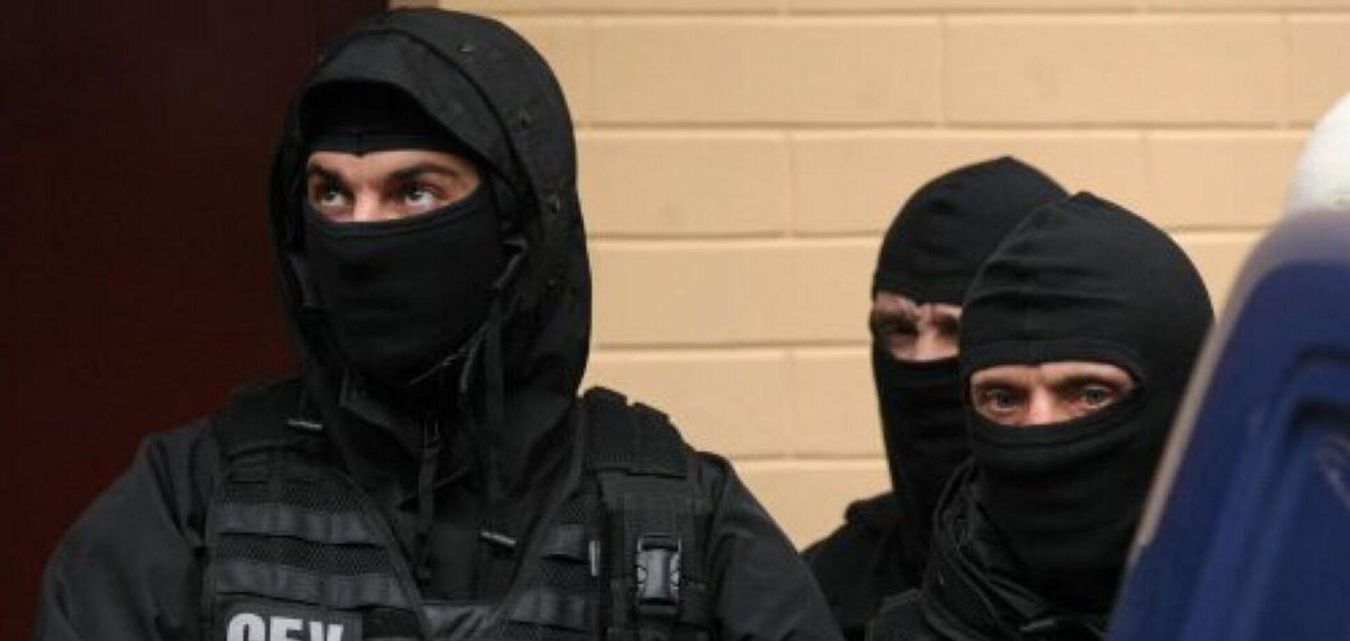 У Києві силовики нагрянули з обшуками до Аласанії та в НСТУ: що трапилося