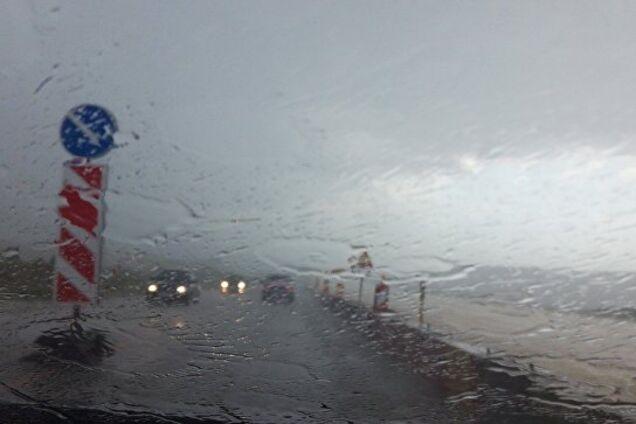 Злива в Криму