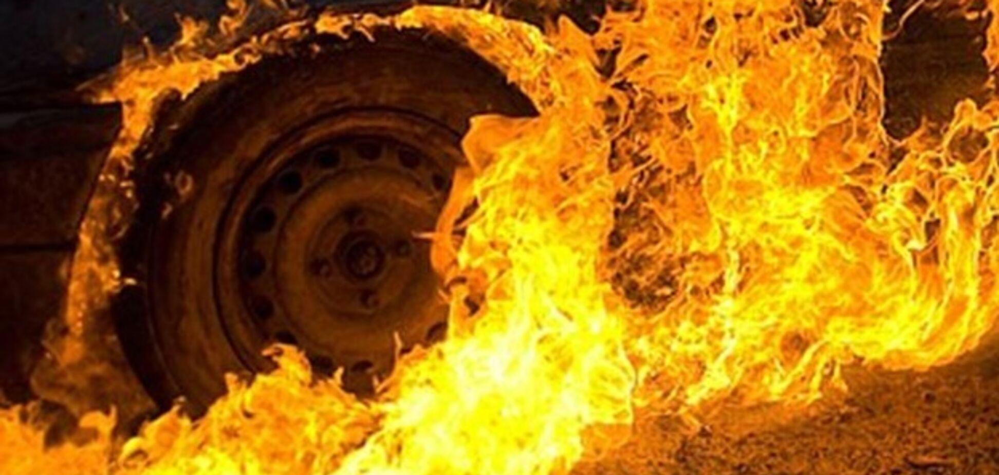 На Днепропетровщине взорвалось авто с полицейским: что известно