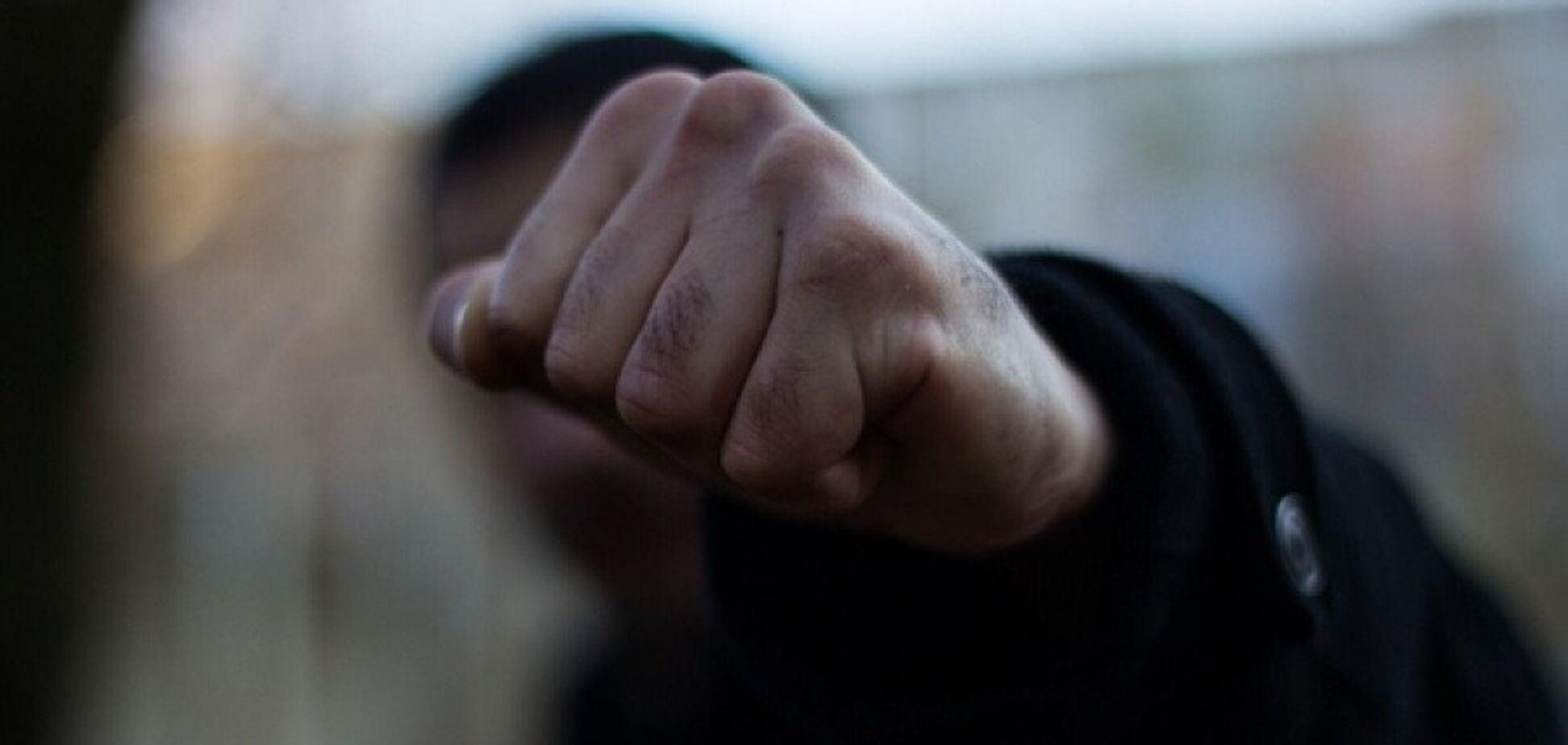 Связали и пытали: под Днепром неизвестные напали на семейную пару