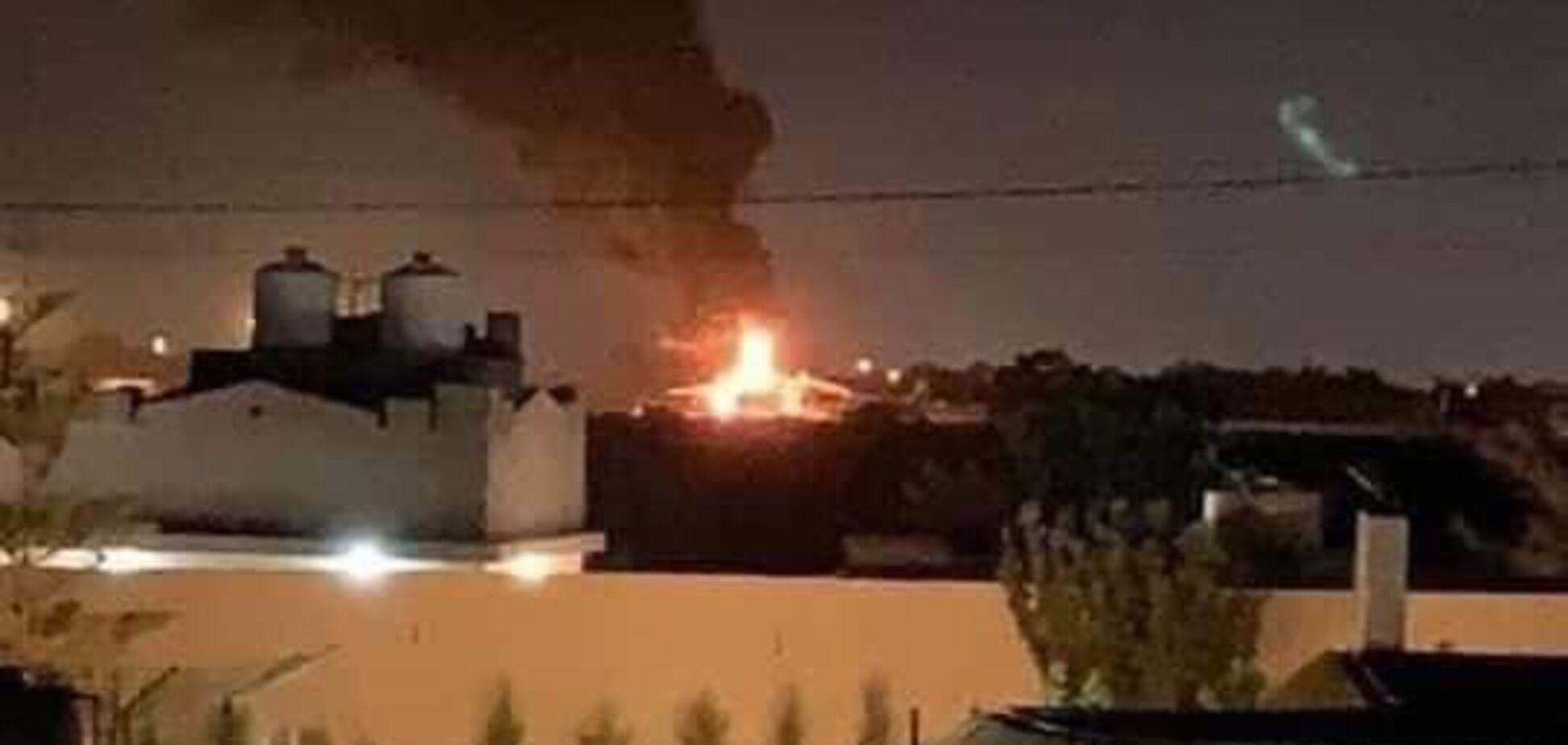 В Ливии обстреляли украинский самолет