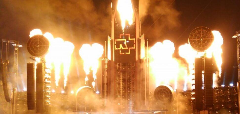 На концерте Rammstein в Риге произошел пожар: появилось видео