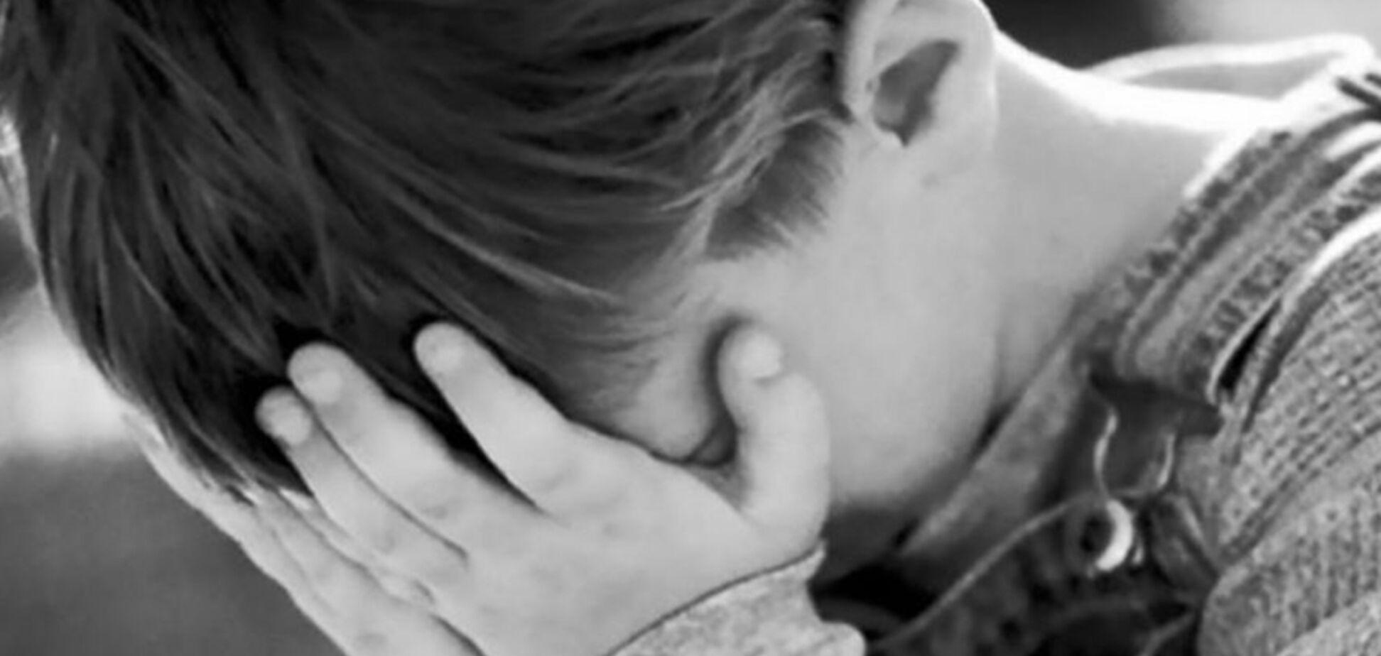 Схватил и требовал деньги: в Днепре средь бела дня неизвестный напал на ребенка