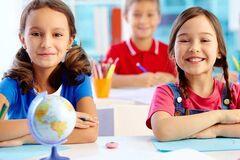 Как подготовить ребенка к школе после летних каникул: психолог дала советы