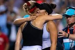 'Наши попки': знаменитая теннисистка устроила флирт с соперницей