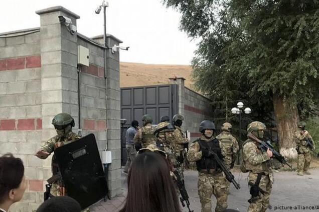 Штурм дома экс-главы Киргизии