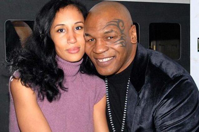 Майк Тайсон із дружиною