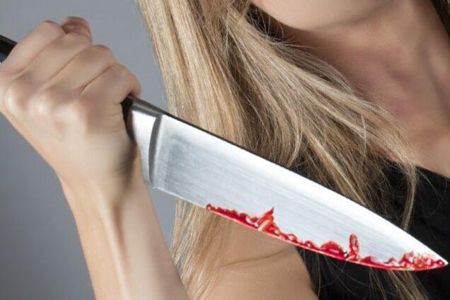 У Дніпрі жінка жорстоко порізала ножем співмешканця