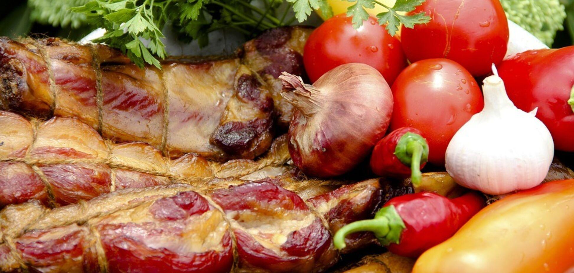 Рецепт найкращої м'ясної страви з помідорами