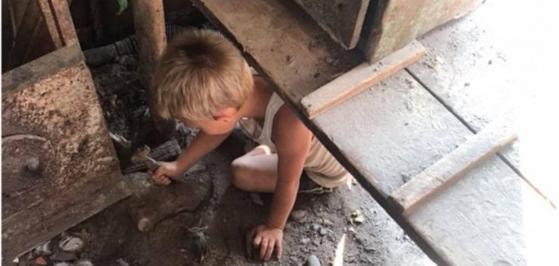 На Прикарпатье нашли ребенка-маугли