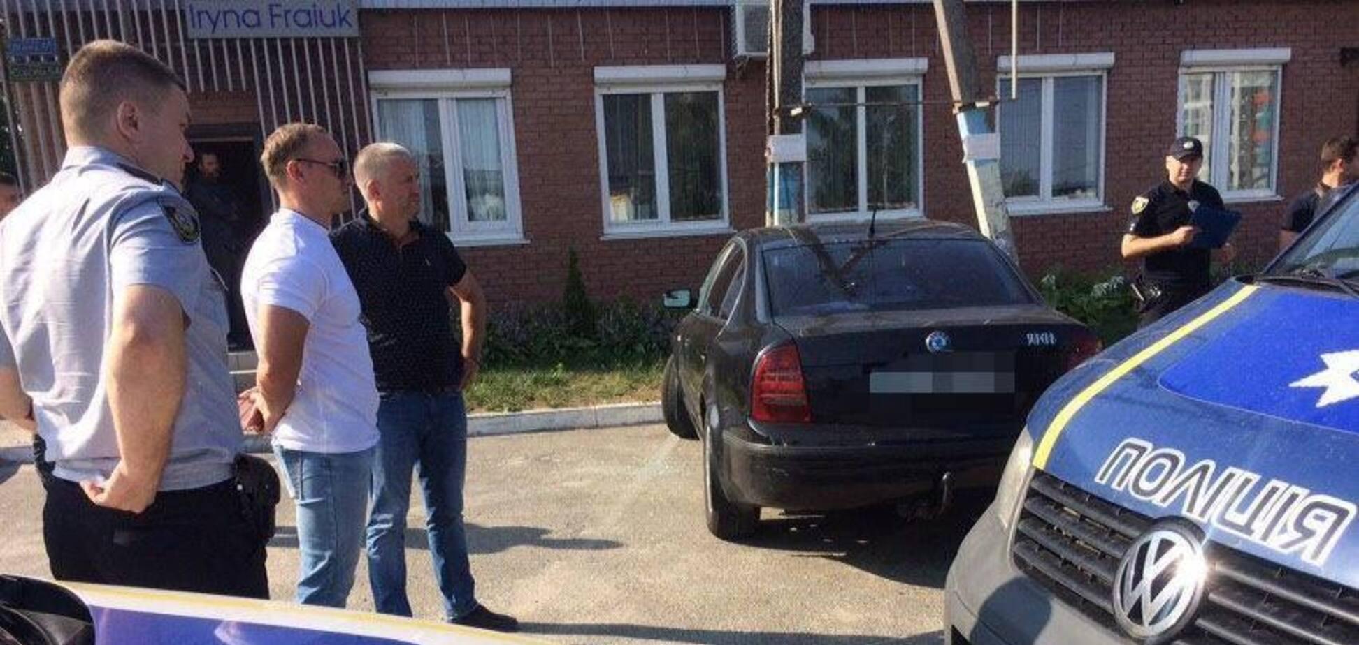 Під Києвом знайшли труп з простреленою головою: з'явилися фото і відео