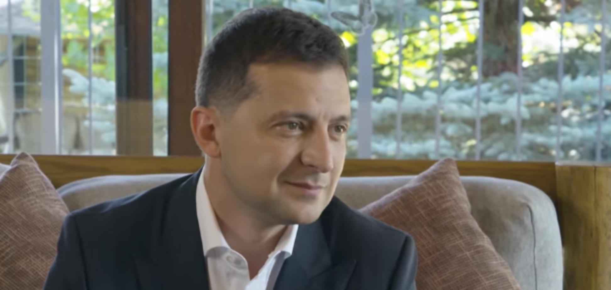 'Я работаю': Зеленский вспомнил, как показал яйца критикам