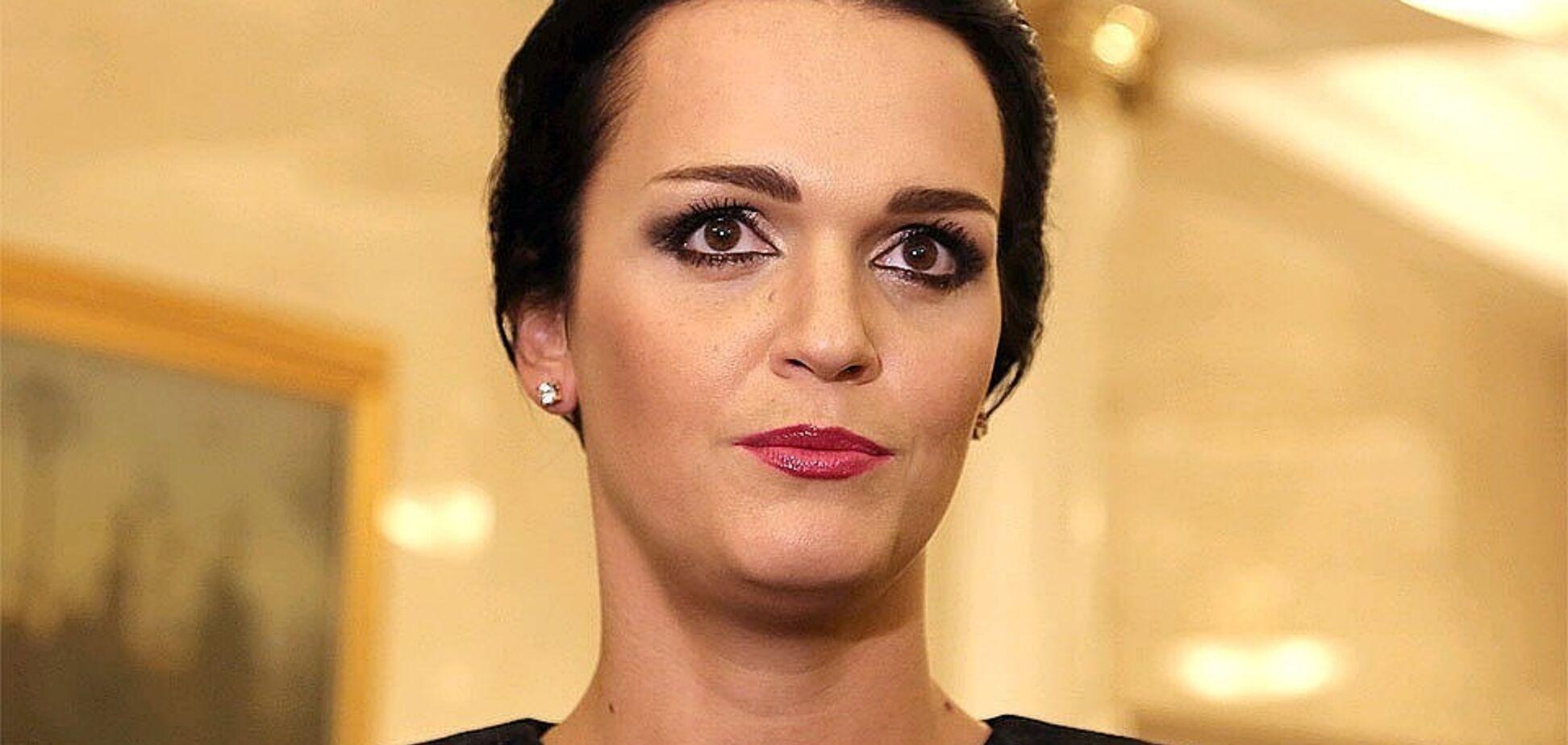 'Вы че творите, б**дь?' Знаменитая певица из РФ разозлилась на росТВ