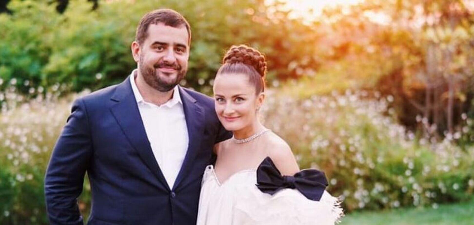 Фукс и 'слуги народа': выяснилось, кто был на свадьбе 'смотрящего' за Минюстом в Сен-Тропе
