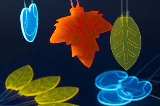 """Образцы """"мини-реакторов"""", которые работают на энергии солнца по принципу растений"""