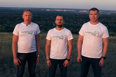 Андрій Шаповалов, Денис Денищенко и Антон Волохов