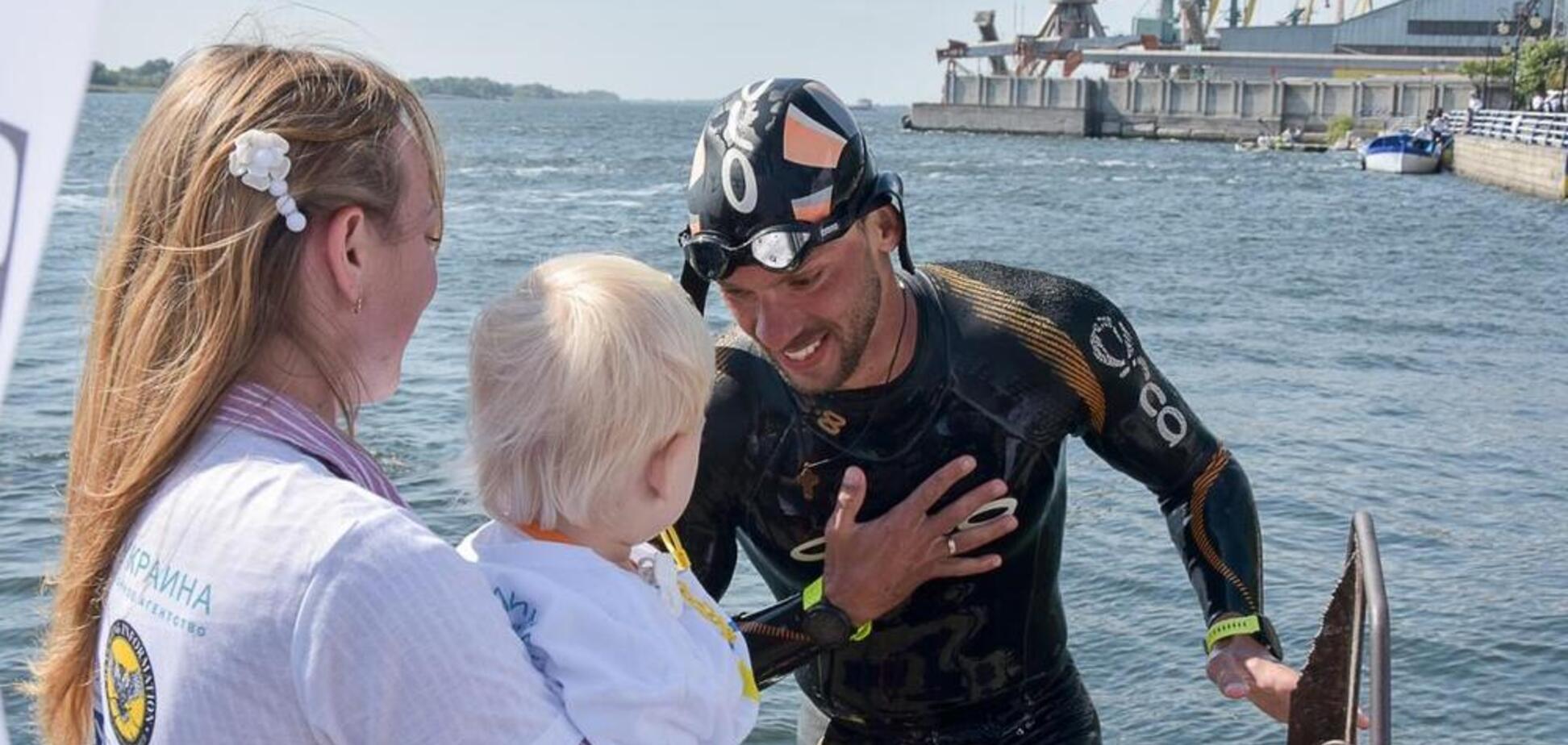 Почти фантастика: украинец проплыл 900 км по Днепру