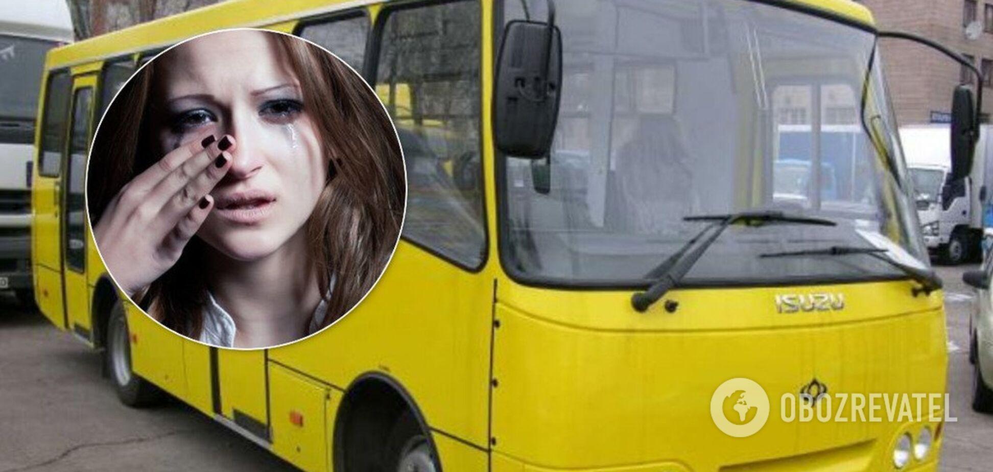 У Києві жінка втрапила у криваву НП у маршрутці