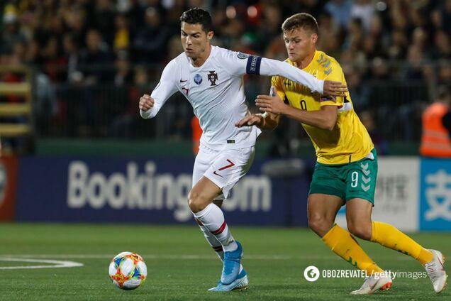 Криштиану Роналду забил 4 мяча Литве