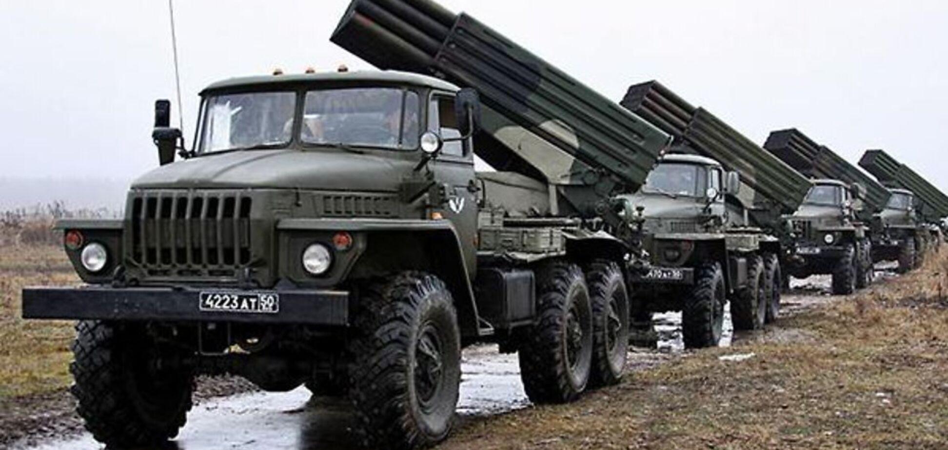 Терористи на Донбасі раптово стягнули техніку до позицій ЗСУ: що відбувається