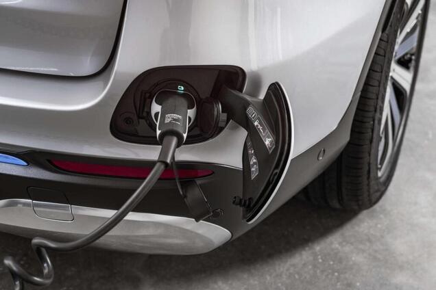 Mercedes-Benz перестанет загрязнять окружающую среду