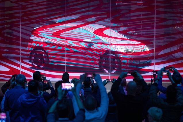 Volkswagen снизила цену аккумуляторов до важной психологической отметки