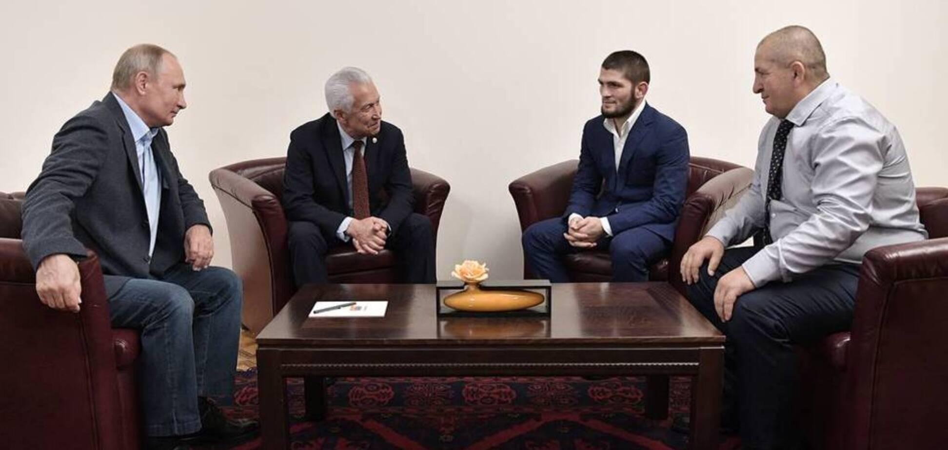 Путин встретился с Хабибом и высказался про удушение американца