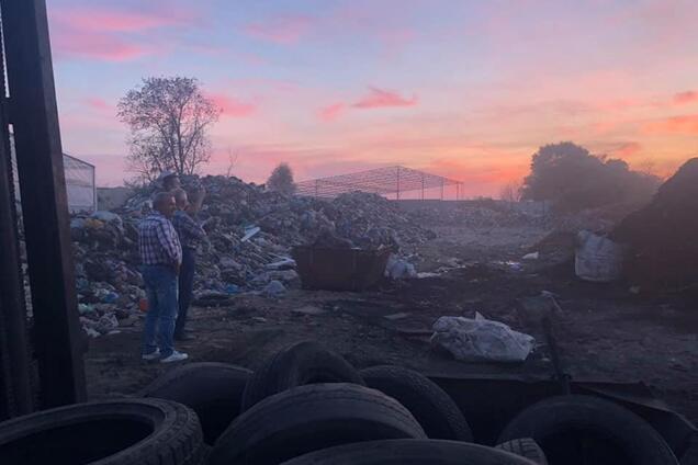 Киевляне обнаружили нелегальный завод по добыванию жидкого топлива