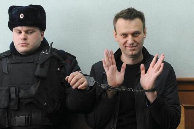 Опозиціонер Олексій Навальний під час чергового затримання