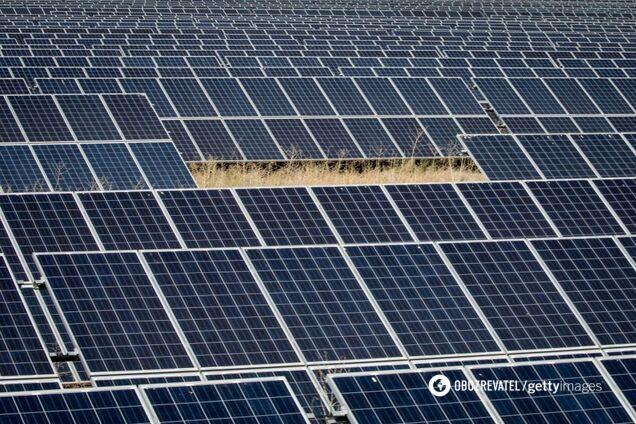 Панелі на сонячній фермі Tekno Ray в Коньї, Туреччина