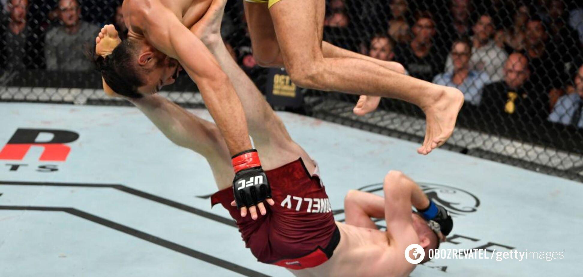 Колесо і сальто: відомий боєць влаштував бій року в UFC - опубліковано відео