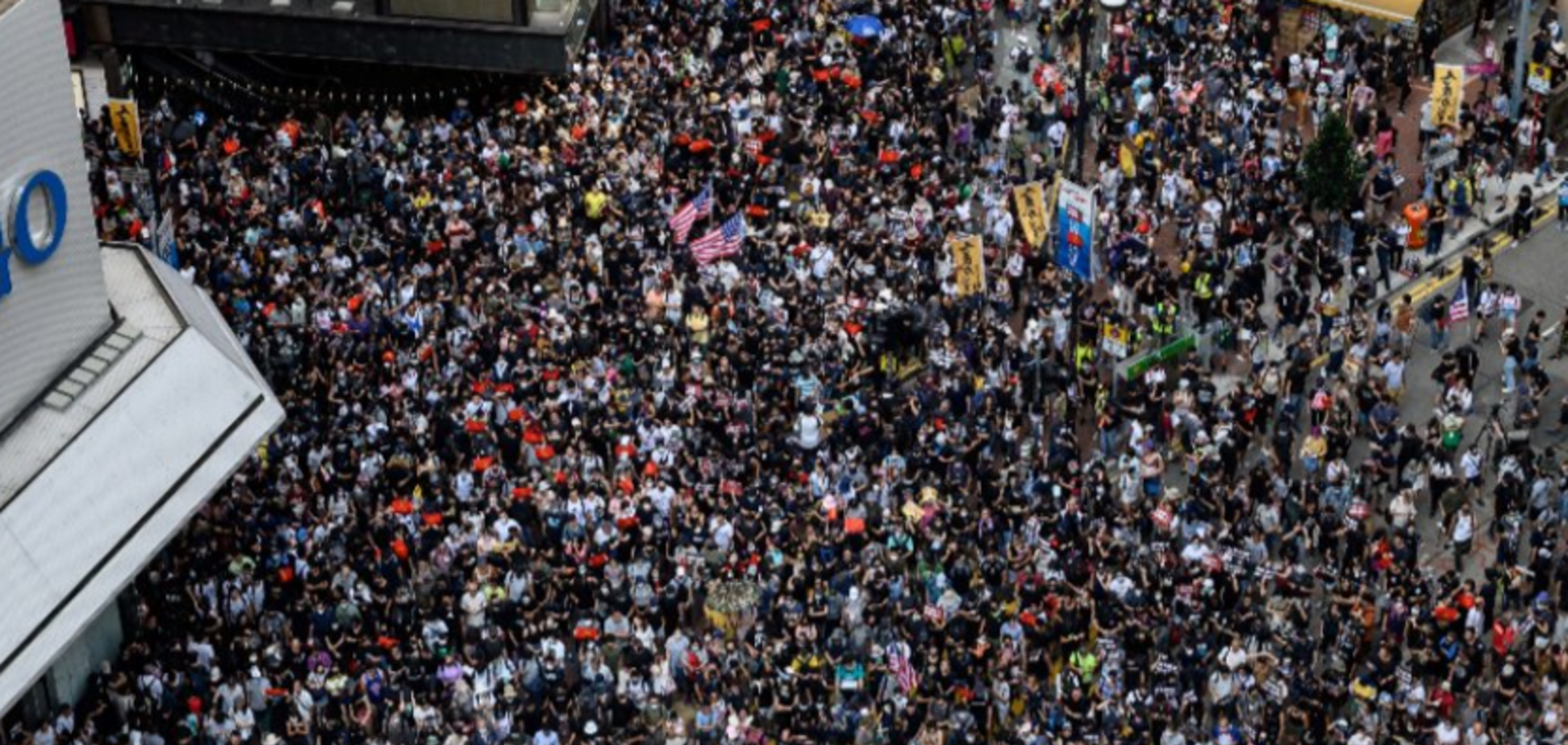 У справу пішли водомети: 'Майдану' в Гонконзі завдали нового удару