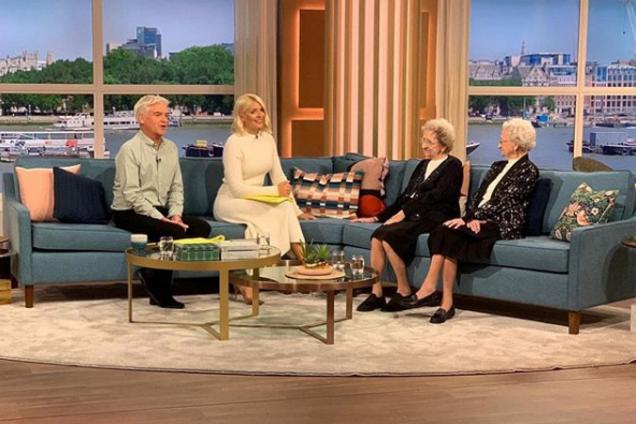 В Англії близнюки-довгожителі розкрили секрет