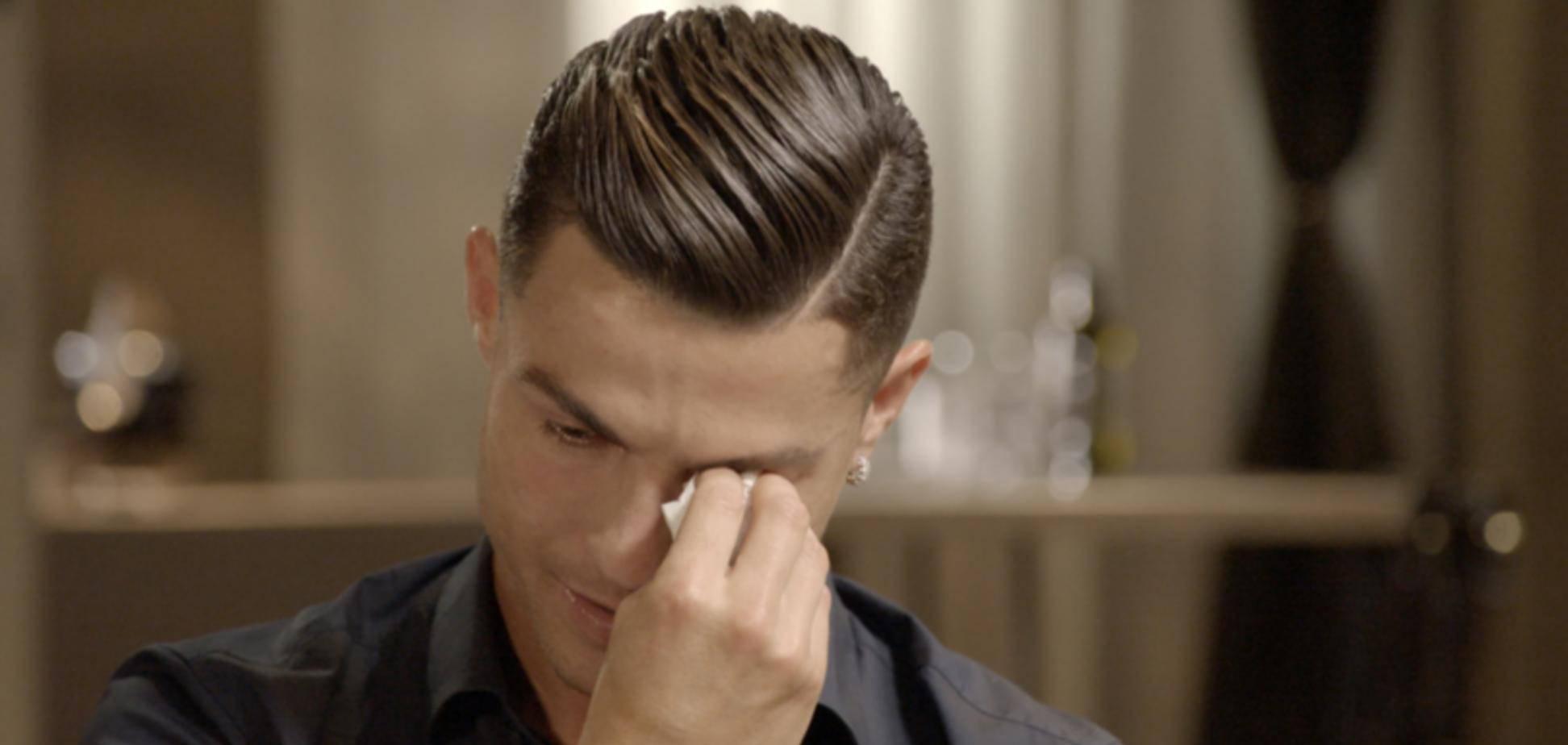 'Алкоголик': Роналду разрыдался во время интервью — видеофакт