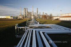 Россия нарастила выплату за грязную нефть: названа сумма
