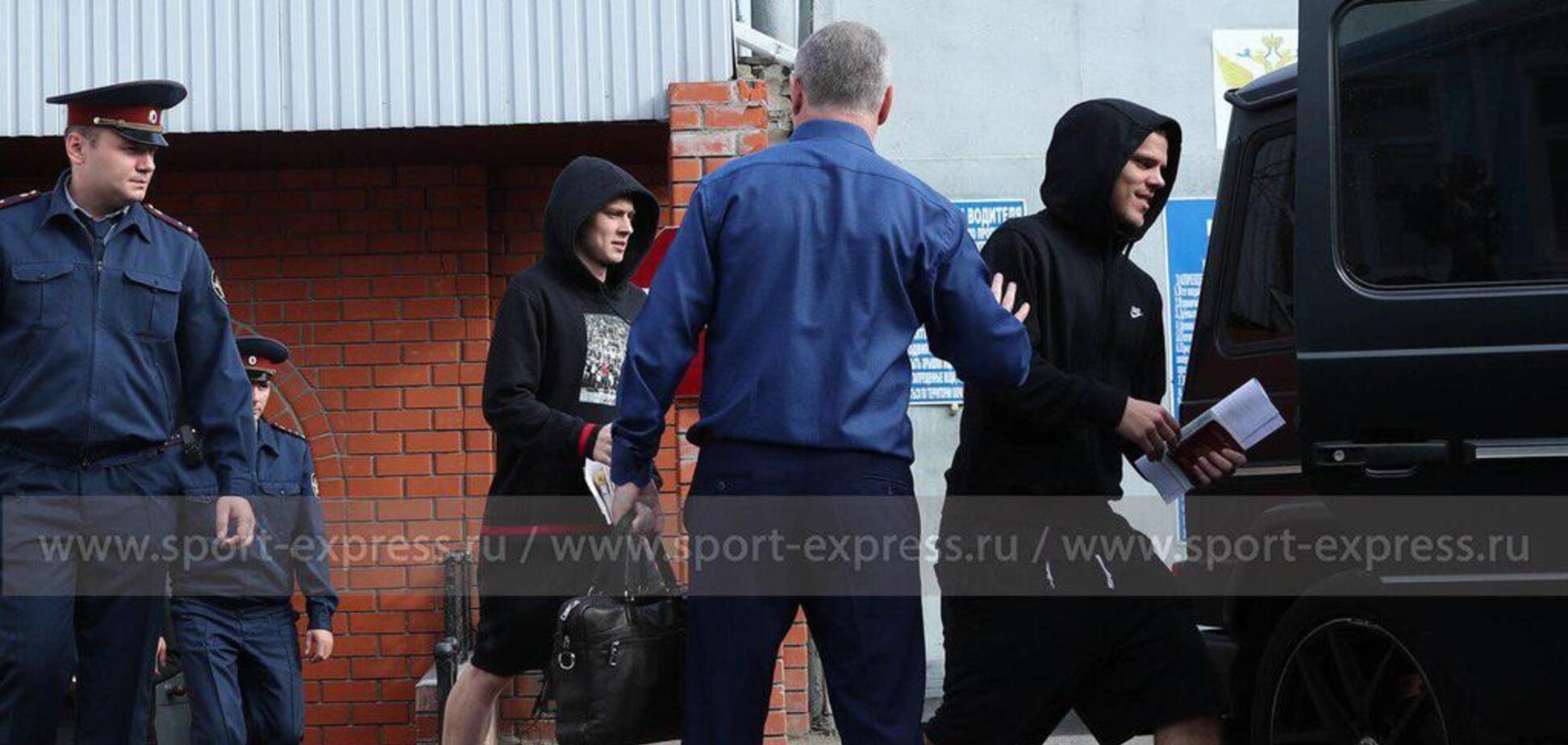 'Б***ь! С**а!' Під час звільнення Кокоріна та Мамаєва трапився страшний інцидент: відеофакт