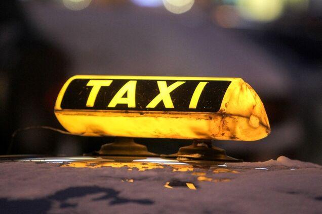 В Днепре в такси нашли тело мужчины