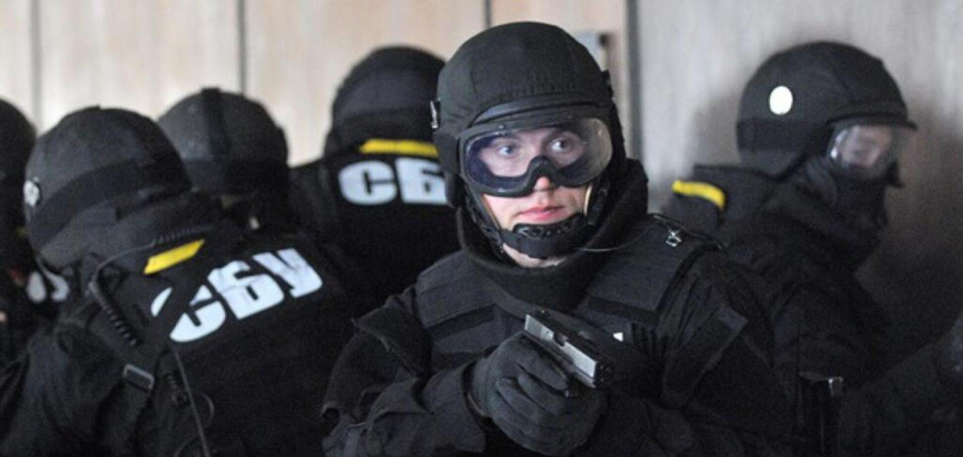 Притворились работниками СБУ: в Днепре задержали опасную группировку