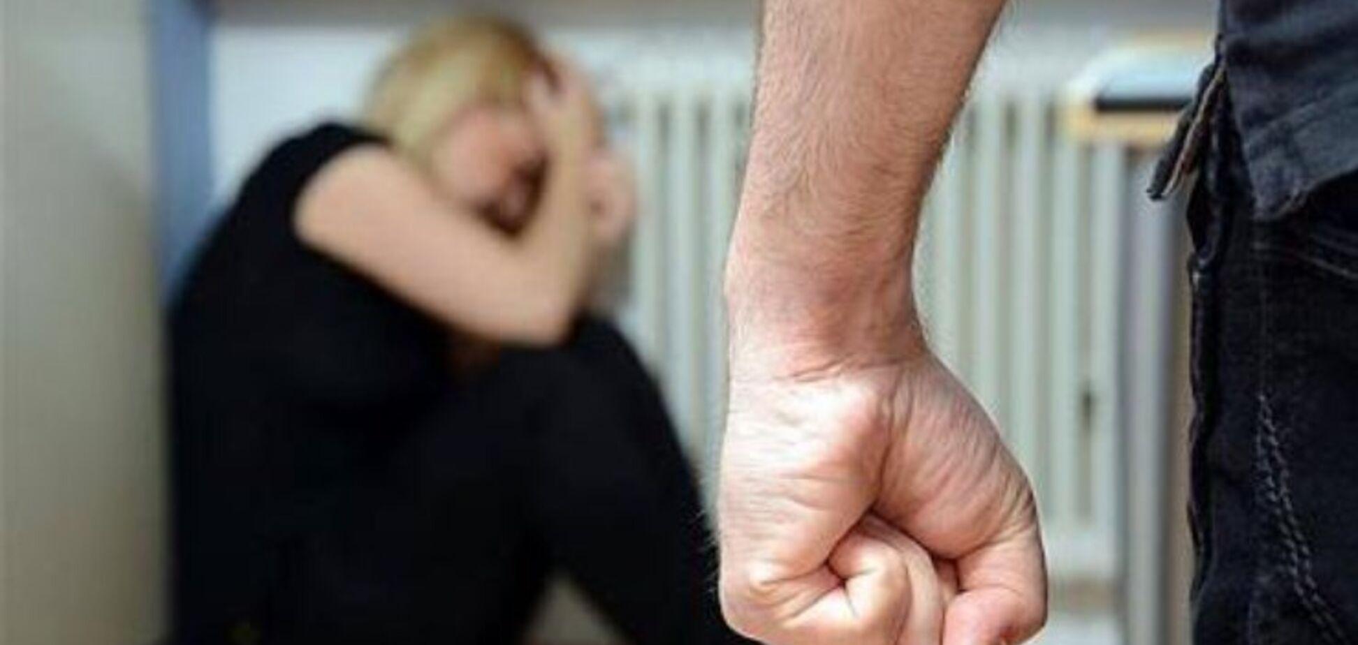 Під Дніпром чоловік по-звірячому розправився з матір'ю: подробиці